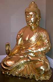 Buddha Statue in Gold